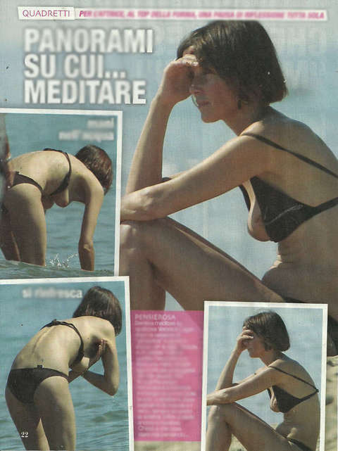 Il topless di Veronica Logan (Top)