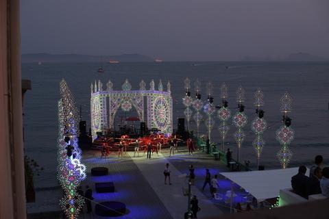 Dolce & Gabbana Napoli, atto finale al Bagno Elena con il Mambo ...