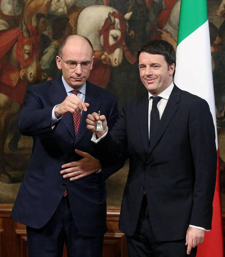 Enrico Letta Twitter: Il Passaggio Di Consegne Fra Enrico Letta E Matteo Renzi A