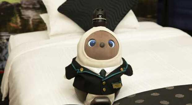 Tokyo, col Covid cambia il concetto di ospitalità in hotel: i receptionist sono robot